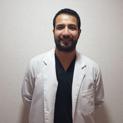 Dr. Héctor Riquelme Reinoso